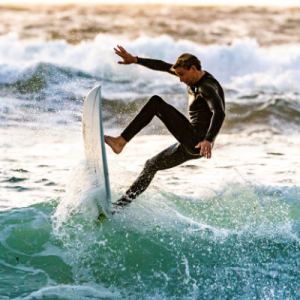 A flexible surfer surfing